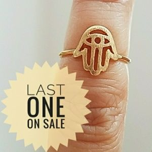 Jewelry - Gold plated Dainty Chamseh Hand Ring size 4